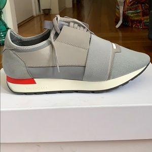 Mens Gray Elastic Runner Sneakers Legit